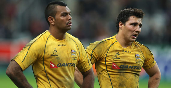 A disappointed Kurtley Beale & Nick Phipps