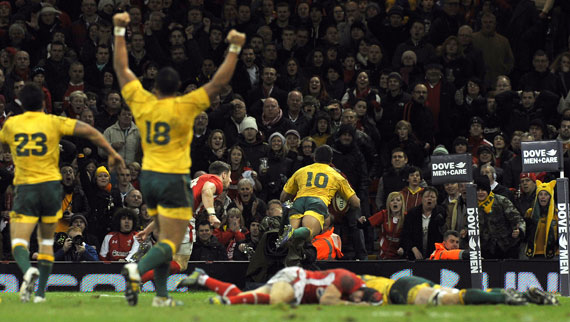 Kurtley Beale breaks Welsh hearts